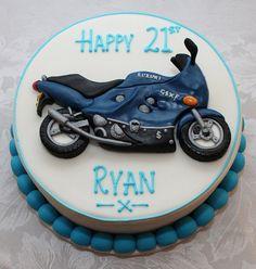 Motorcycle Birthday Cakes, Dirt Bike Birthday, Motorcycle Cake, Hubby Birthday, Birthday Cakes For Men, Cakes For Boys, Birthday Ideas, Bike Cakes, Birthday Dinners