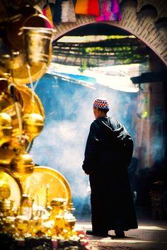 Walk thru the souk of Marrakesh