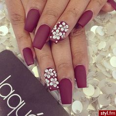 I love these nails! Elegant and the color,,,, Yum!