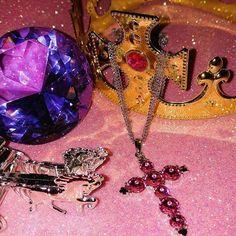 🌞  .  .  .    #insta#instadaily#pic#good#pink#accessory#instaphoto#instagood#like#love#일상#데일리#핑크#인친#팔로우#셀피#사진#페어리계#소품샵#오늘#친스타그램#