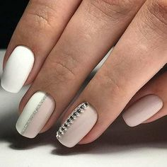 24 Trending Early Spring Nails Art Designs And Colors 2019 – Styles Art – Sarah ramos - Nails Desing Nude Nails With Glitter, Gold Nails, Stiletto Nails, Spring Nail Art, Spring Nails, Crome Nails, Party Nails, Rhinestone Nails, Stylish Nails