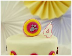 Birthday cake detail: animals party theme. Read more: http://eraumavez-osonhoperfeito.blogspot.pt/2014/02/on-top-of-world.html