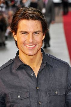 Tom Cruise Short Straight Cut
