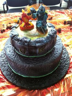 Skylanders giants cake with sculpted fondant giants figures by Layde Cakes
