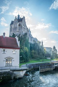 all things germany: Bild Beautiful Castles, Beautiful World, Beautiful Places, Castle Ruins, Medieval Castle, Palaces, Germany Castles, Germany Travel, Travel Pictures