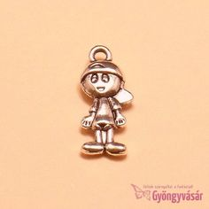 Ezüstszínű kisfiú - fém fityegő