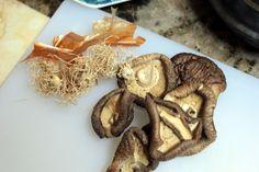<만능맛간장 만드는법> 맛간장 양념 하나면 오케이 : 네이버 블로그 Stuffed Mushrooms, Vegetables, Food, Stuff Mushrooms, Vegetable Recipes, Eten, Veggie Food, Meals, Veggies