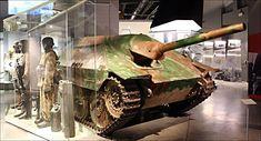 world-war-2-jagdpanzer-38t-hetzer-tank-destroyer-bastogne