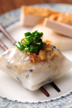 Vietnamese / Steamed Rice Ravioli-)))