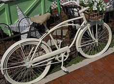 Sweet vintage bike from the Cottage Gals.  Would love it for my cottage garden.