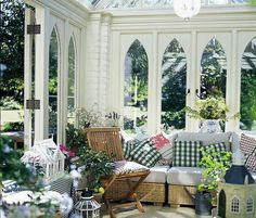 Enchanting sun room design ideas for relaxing room in the morning 18 - Numerous sunroom builders are at present offered. You are not limited by the present building or the former owner's taste in decoration. The climate is subtropical and rather pleasing. Small Conservatory, Conservatory Interiors, Conservatory Furniture, Conservatory Design, Conservatory Ideas Interior Decor, Outdoor Spaces, Outdoor Living, Outdoor Decor, English Cottage