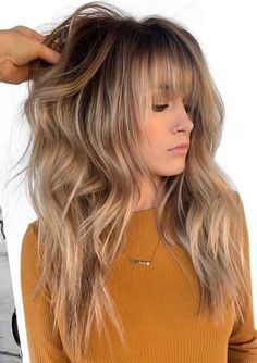 12 Best Long Balayage Hairstyles with Bangs in 2019 We have collected a lot of best styles of long balayage hair styles and haircuts with bangs for ladies to wear in You can say these are trendy and cutest styles in long hair looks. Onbre Hair, Blonde Hair Bangs, Blonde Fringe Hairstyles, Bangs Hairstyle, Hairstyle Ideas, Toner For Blonde Hair, Haircut Bangs, Hairstyle Short, Hairstyle Tutorials