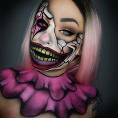 Maquiagem Halloween by IG - veja + 26 ideias clicando no link da foto. Horror Makeup, Zombie Makeup, Sfx Makeup, Amazing Halloween Makeup, Halloween Makeup Looks, Cool Makeup Looks, Crazy Makeup, Pop Art Makeup, Carnival Makeup