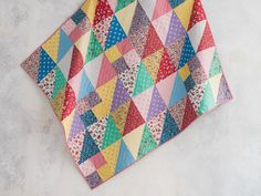 Strawberry Fizz Alluring Angles Quilt Kit | Craftsy