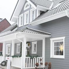 House Paint Exterior, Dream House Exterior, Dream House Plans, Exterior Design, Unique House Design, Swedish House, Farmhouse Plans, House Painting, Fixer Upper