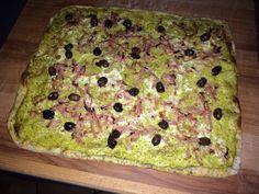 Crema di asparagi, olive taggiasche e prosciutto cotto