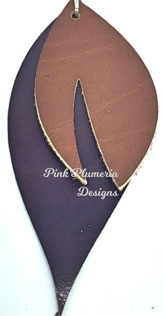 These genuine leather earrings are perfect to wear any day with any outfit. They are soft and lightweight to wear. The ear hook is nickle-free, silver plated. They are available in a variety of colour combinations such as: * light brown small leaf and dark brown large leaf *
