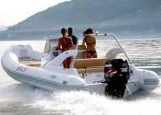 SACS Marine - Sport Class - s780 - Info @ www.marinfinito.com