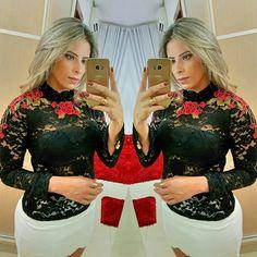 Camisa Ashley Preta  ✔ Preta ou Branca  ✔ P ao G  ✔  118 reais   Compre online através do nosso site :  💻 www.dondonnaoficial.com.br   Informações e dúvidas :  📲 Whatsapp ( 11 ) 97242-8647 📬 dondonnastore@hotmail.com  Fanpage : 📩 Dondonna
