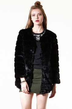Luxe Glam Faux Mink Fur Coat - Clothing - All New Arrivals - What's new Discover the latest fashion trends online at storets.com