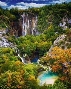 The amazing Plitvice Lakes National Park of Croatia - See more at: http://www.greatartdesign.com/the-amazing-plitvice-lakes-national-park-of-croatia/#sthash.NDI8A0uP.dpuf