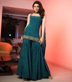 Casual Indian Fashion, Indian Fashion Dresses, Indian Designer Outfits, Formal Fashion, Indian Gowns, Women's Fashion, Designer Dresses, Sharara Designs, Lehenga Designs