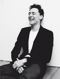 Tom Hiddleston by Joost Vandebrug (2011). Source: Vogue.it (http://www.vogue.it/en/uomo-vogue/people-stars/2011/02/tom-hiddleston ) #TomHiddleston