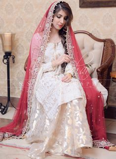 Wedding dresses pakistani kids 25 super Ideas Source by dress pakistani Bridal Mehndi Dresses, Nikkah Dress, Shadi Dresses, Pakistani Dresses Casual, Pakistani Wedding Outfits, Bridal Dress Design, Wedding Dresses For Girls, Pakistani Dress Design, Pakistani Wedding Dresses