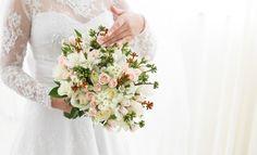 Buque | Buque branco e rosa | Bouquet | Pink Bouquet | White Bouquet | Pink Bridal Bouquet | Inesquecível Casamento | Noiva | Bride | Buquê de Noiva | Buque com Rosas | Buque de Rosas | Rose Bouquet | Buquê em tons pastel | Tons pastel