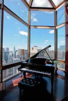 Piano. Ty Warner Penthouse at the Four Seasons New York City -- Photos. - WSJ