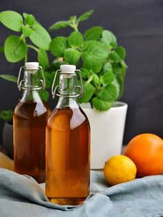 Sirup z rýmovníku Hot Sauce Bottles, Preserves, Smoothie, Food And Drink, Homemade, Drinks, Cooking, Recipes, Aspirin