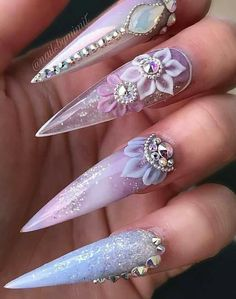 Autumn: 25 manicures to immediately adopt Gold Acrylic Nails, Pink Glitter Nails, Pink Ombre Nails, Rose Gold Nails, Bling Nails, Nail Pink, Red Nail, Nail Nail, Acrylic Nail Designs Glitter