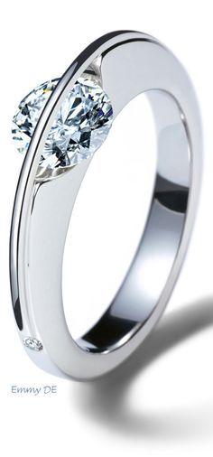 rubies.work/... Emmy DE beautiful diamond ring 'Liberté Arcana' by Schaffrath
