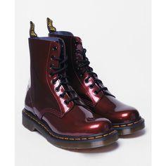 DR. MARTENS MC 1460 Patent Boots