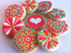Funky Girly flower cookies!! - hayleyCakes and cookies via #TheCookiesCutterCompany