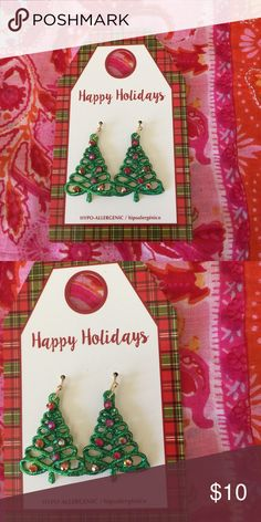 Clearance item This is an dark green Christmas tree earrings that beautiful with every Christmas clothing and the are small circle on the tree with beautiful colours that represent the lighting of the tree . This earrings are hypo-allergic and good for people A who have allergic wearing jewelry Jewelry Earrings
