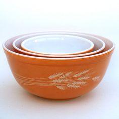 Vintage Pyrex Bowls, via Etsy- love this pattern!!!!
