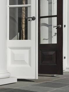 House Tour: An Andrew Skurman Designed Farmhouse Doors with paint and stain finishes Georgian Homes, Modern Farmhouse Exterior, Gorgeous Doors, House Design, Georgian Doors, Georgian Architecture, Country House Design, Doors Interior, Farmhouse Design