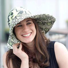 DIY Summer Hat By Amy Butler   I'm making this and wearing all summer!