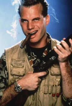 Bill Paxton aka Chet Donnelly