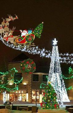 Christmas Scenery, Christmas Town, Christmas Pictures, Christmas Trees, Merry Christmas, Time Of The Year, Christmas Wallpaper, Wonderful Time, Santa