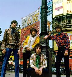 Pink Floyd at the Picadilly Circus // 1967