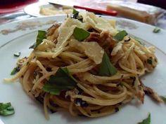 Tinapa (Smoked Fish) Pasta - This is me, Chef Louise Mabulo Kawaling Pinoy Recipe, Fish Pasta, Smoked Fish, Pinoy Food, Cooking Instructions, Filipino Recipes, How To Cook Pasta, Pasta Recipes, Food To Make