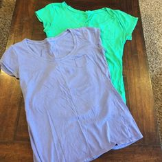 😎😎 Lavender purple and a light emerald green color. Small pocket top left of shirt for decoration. New York & Company Tops Tees - Short Sleeve Green And Purple, Emerald Green, Green Colors, Eyelet Top, Fashion Design, Fashion Tips, Fashion Trends, Tees, Shirts