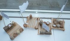 Vlot bouwen van ijsstokjes Types Of Craft, Survival, Classroom, Deco, Projects, Crafts, Carnival, Shadows, Class Room