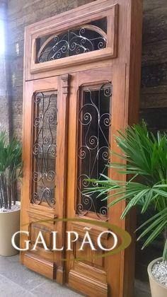 porta de madeira de demolição peroba rosa 2 folhas 2,95x1.38 Rustic Doors, Wooden Doors, Motorized Shades, Knobs And Knockers, Spanish Style Homes, Iron Work, Stone Houses, Better Homes And Gardens, Windows And Doors