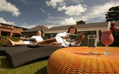 Top 10 Spa Resorts Spa Services, Resort Spa, Outdoor Furniture, Outdoor Decor, Villa, Cottage, The Incredibles, London, Spas
