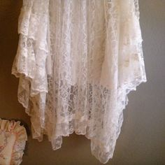 beautiful skirt from sweet repeat vintage - etsy.. such a pretty place to shop : )
