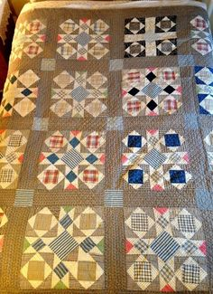 Nice Antique/Vintage Quilt Late Blacks, Indigos, Pinks, All Hand Done Quilts Vintage, Old Quilts, Antique Quilts, Star Quilts, Scrappy Quilts, Quilting Projects, Quilting Designs, Make Do, Country Quilts