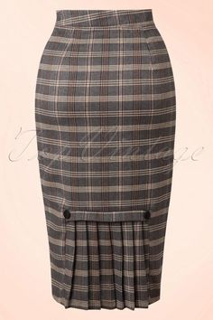 Juliet Pencil Skirt in Grey Gingham Pencil Skirt Dress, Pencil Skirt Outfits, Pencil Skirts, African Print Skirt, Latest African Fashion Dresses, Classy Dress, Fashion Outfits, Outfit Ideas, Skirt Tutorial